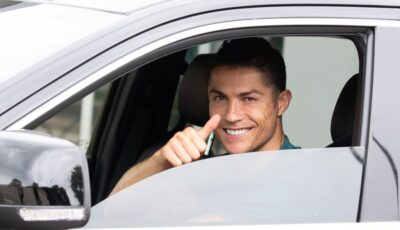 Cristiano Ronaldo, pe străzile din Lisabona cu un Bugatti Chiron. Cum arată mașina de 2,5 milioane de euro