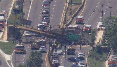 Un pod pietonal s-a prăbușit pe o autostradă din SUA