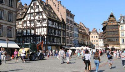 O școală s-a închis la Strasbourg, după detectarea unui focar cu varianta indiană a coronavirusului