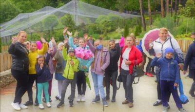 900 de copii din centre de plasament au vizitat astăzi Grădina Zoologică din Chișinău