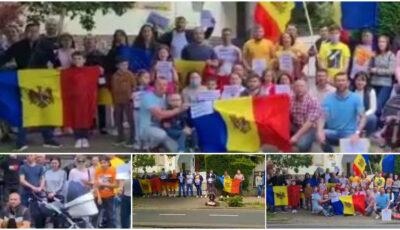 Moldovenii din Frankfurt au protestat cerând mai multe secții de votare: Ni se încalcă dreptul