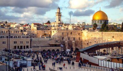 Noi condiții de călătorie în Israel. În ce caz chiar și persoanele vaccinate împotriva Covid-19 trebuie să se autoizoleze