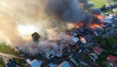 Tragedie în Polonia. Jumătate de sat a ars în timpul unui incendiu