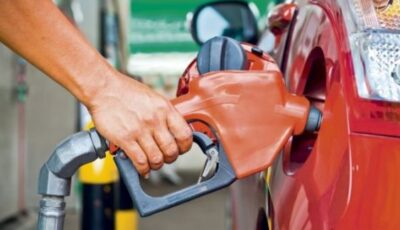 Mai multe staţii peco au scăzut astăzi preţurile la carburanţi, pentru prima dată în acest an