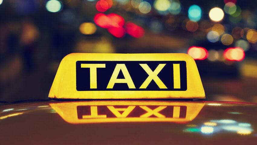 Criză de taxiuri la Chişinău. Asociaţia Transportatorilor susţine că aproape 30% dintre maşini stau în parcări din lipsă de şoferi