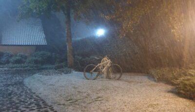 """Video. Ninge în Brazilia! """"Am 62 de ani şi nu am văzut niciodată zăpadă până acum"""""""