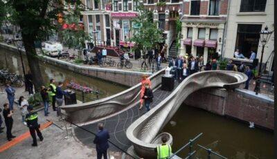 În Amsterdam a fost inaugurat primul pod din lume tipărit în 3D