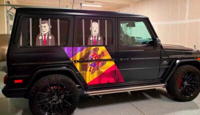 Un tânăr moldovean care conduce o companie de transport în SUA, a mers la votare cu o mașină ilustrată special