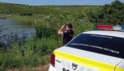 Recomandările poliţiei pentru persoanele care aleg să-şi petreacă timpul în apropierea bazinelor acvatice, iazuri sau lacuri