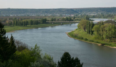 Fetița dispărută în râul Nistru, găsită după două zile. Rudele, după ce au consumat alcool, au decis să plece la râu cu copiii