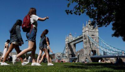 Marea Britanie ridică majoritatea restricțiilor: E timpul să revenim la o viață normală