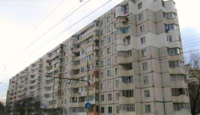 Cel puțin zece locuințe din Capitală, descuiate și jefuite prin culegere de chei
