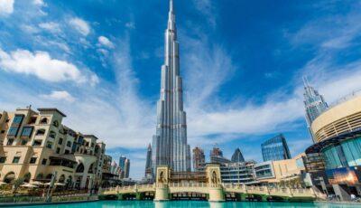 Cea mai adâncă piscină din lume s-a deschis în Dubai. Conține un oraș scufundat, cu galerii și încăperi