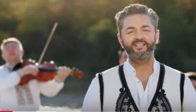 Adrian Ursu a lansat o piesă despre dorul de părinți