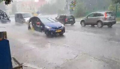 Ploaie torențială cu grindină în Chișinău