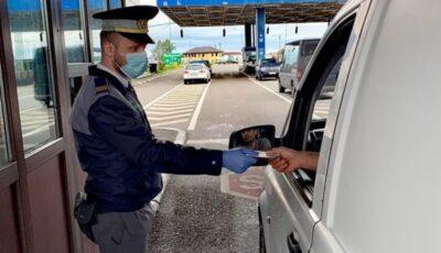 Moldovenii vaccinați sau cei care au avut Covid în ultimele 180 de zile, scutiți de carantină la intrarea în România