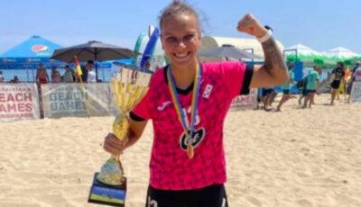 Moldoveanca Irina Topal a devenit campioana Ucrainei la fotbal pe plajă
