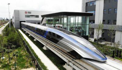 China a prezentat trenul Maglev cu cea mai mare viteză din lume. Parcurge 1.000 de kilometri în doar 2,5 ore