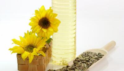 Prețul uleiului de floarea-soarelui a depăşit 40 de lei litrul