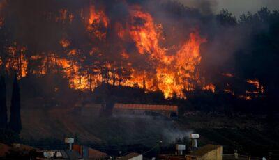 Noaptea trecută a fost iadul pe pământ la Atena