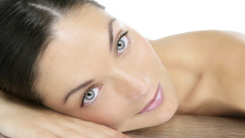 Exfolierea este vitală pentru sănătatea pielii