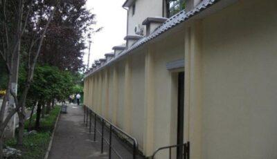 Consulatul României la Bălți și-a suspendat activitatea după ce au fost depistate cazuri de Covid-19 în cadrul instituției