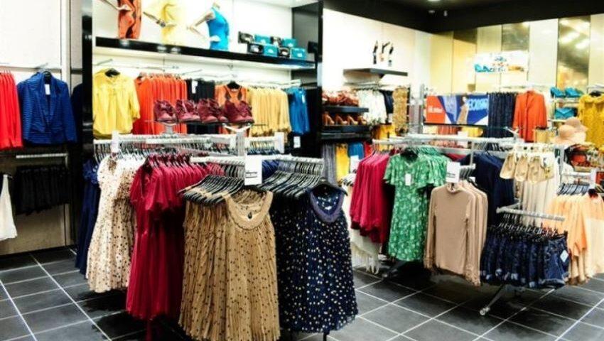 Sfaturi de care să ținem cont atunci când cumpărăm haine. Recomandările Agenției pentru Protecția Consumatorilor și Supravegherea Pieței