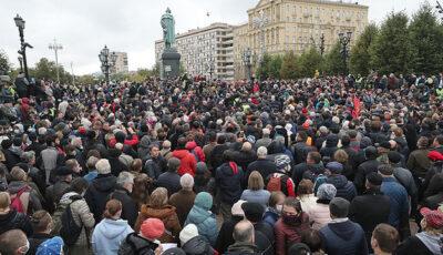 Protest de amploare la Moscova! Vezi de ce sunt nemulţumiţi manifestanţii