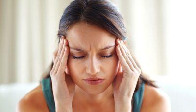 Ce boli se pot ascunde în spatele unei dureri de cap?