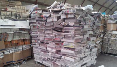 Anunţ pentru locuitorii Capitalei! În scările blocurilor din Chișinău se colectează maculatură