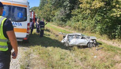 O șoferiță s-a răsturnat cu mașina la Strășeni. Precizările Poliției