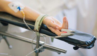 O fetiță din Edineț a ajuns la spital în comă alcoolică