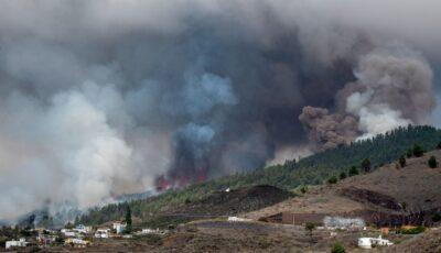 Imagini spectaculoase! Vulcanul din La Palma a erupt după 50 de ani