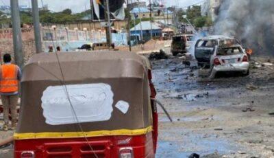 Atac sinucigaş asupra unui convoi guvernamental în capitala Somaliei