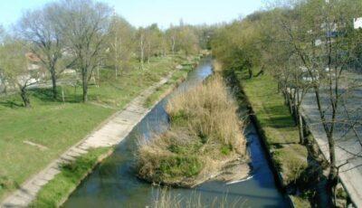 Primăria îndeamnă locuitorii Capitalei să se alăture inițiativei de curățare a râului Bîc