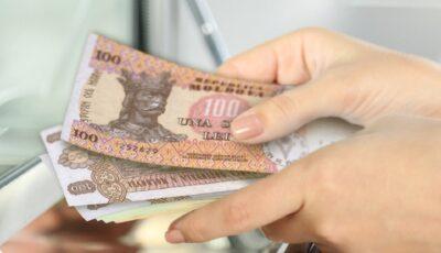 Pensii mai mari, începând din 1 octombrie. Proiectul a fost votat de Parlament în lectură finală