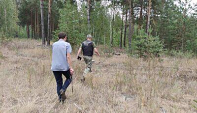 Rusia: Un tată sfâșiat de durere l-ar fi obligat pe pedofilul care i-a abuzat fetița să-și sape singur groapa, apoi l-ar fi ucis, în Rusia