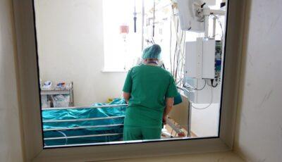 Alertă Covid în Chișinău: secțiile de terapie intensivă sunt pline, iar rata deceselor este în creștere