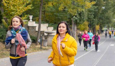 Zeci de femei din Capitală au alergat în parcul Valea Morilor, pentru a susține femeile care luptă cu cancerul la sân