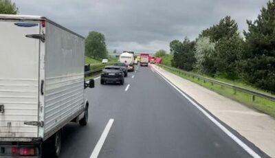 Carambol pe o autostradă din Ungaria. Microbuz românesc, implicat în accident. Cel puțin cinci morți