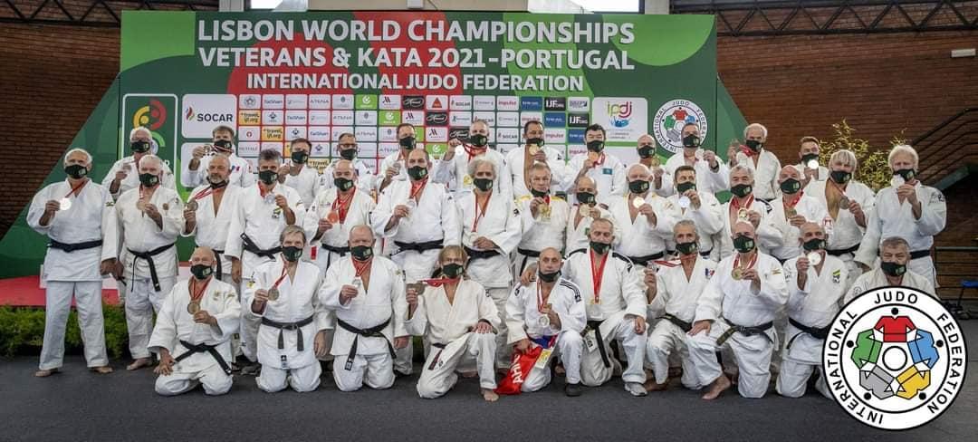 Foto: Trei sportivi moldoveni au devenit campioni mondiali la judo