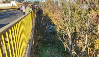 Șoferul unui autocamion s-a prăbușit de pe un pod la Orhei