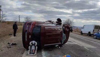 O șoferiță și copilul ei, răniți grav într-un accident pe traseul Chișinău-Strășeni