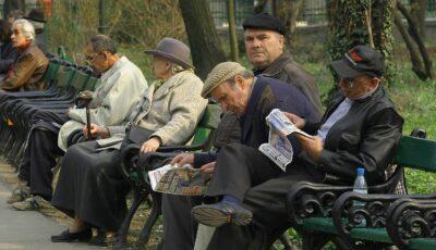 Scădere record a numărului de pensionari în România. Peste 61.000 de oameni au ieșit din sistem în ultimul an
