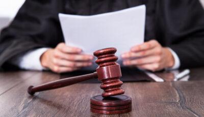 Judecătorii cer anularea legii prin care le-a fost majorată vârsta de pensionare