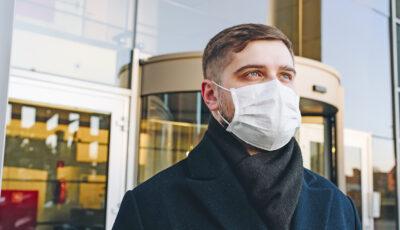Compania aeriană care a anunțat că masca nu mai este obligatorie în timpul zborurilor