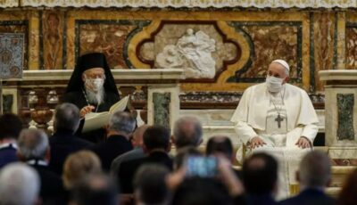Lideri religioşi de pe tot globul au ieşit în public să încurajeze oamenii să se vaccineze