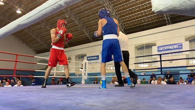 Foto: Cinci boxeri moldoveni s-au calificat în semifinalele Campionatului European